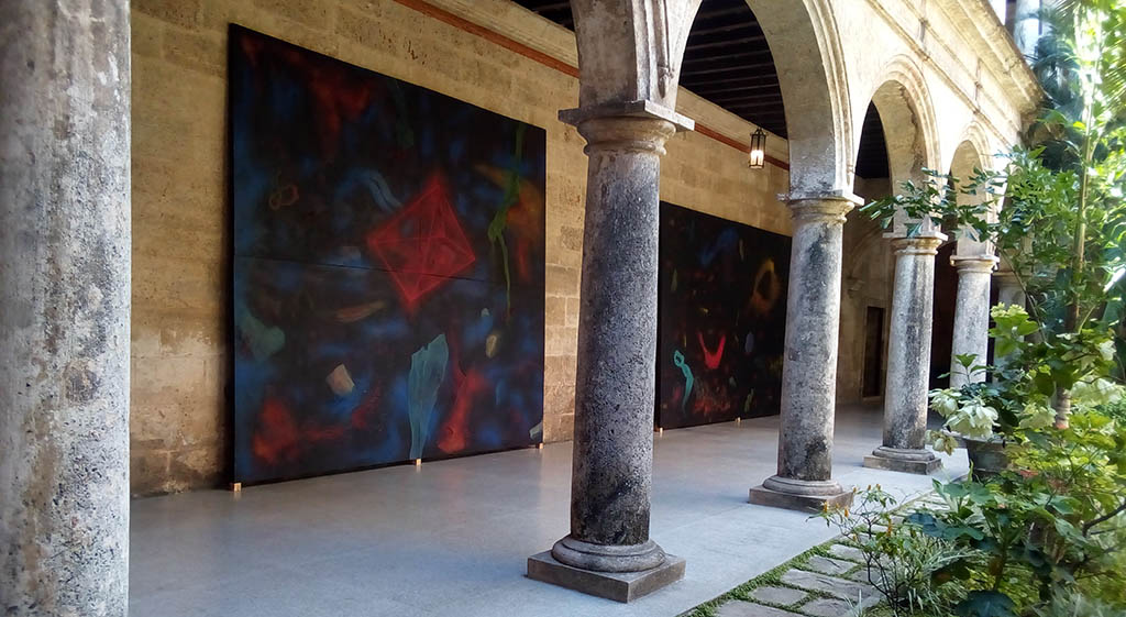 """""""The hand of God"""" at the Cultural Center"""